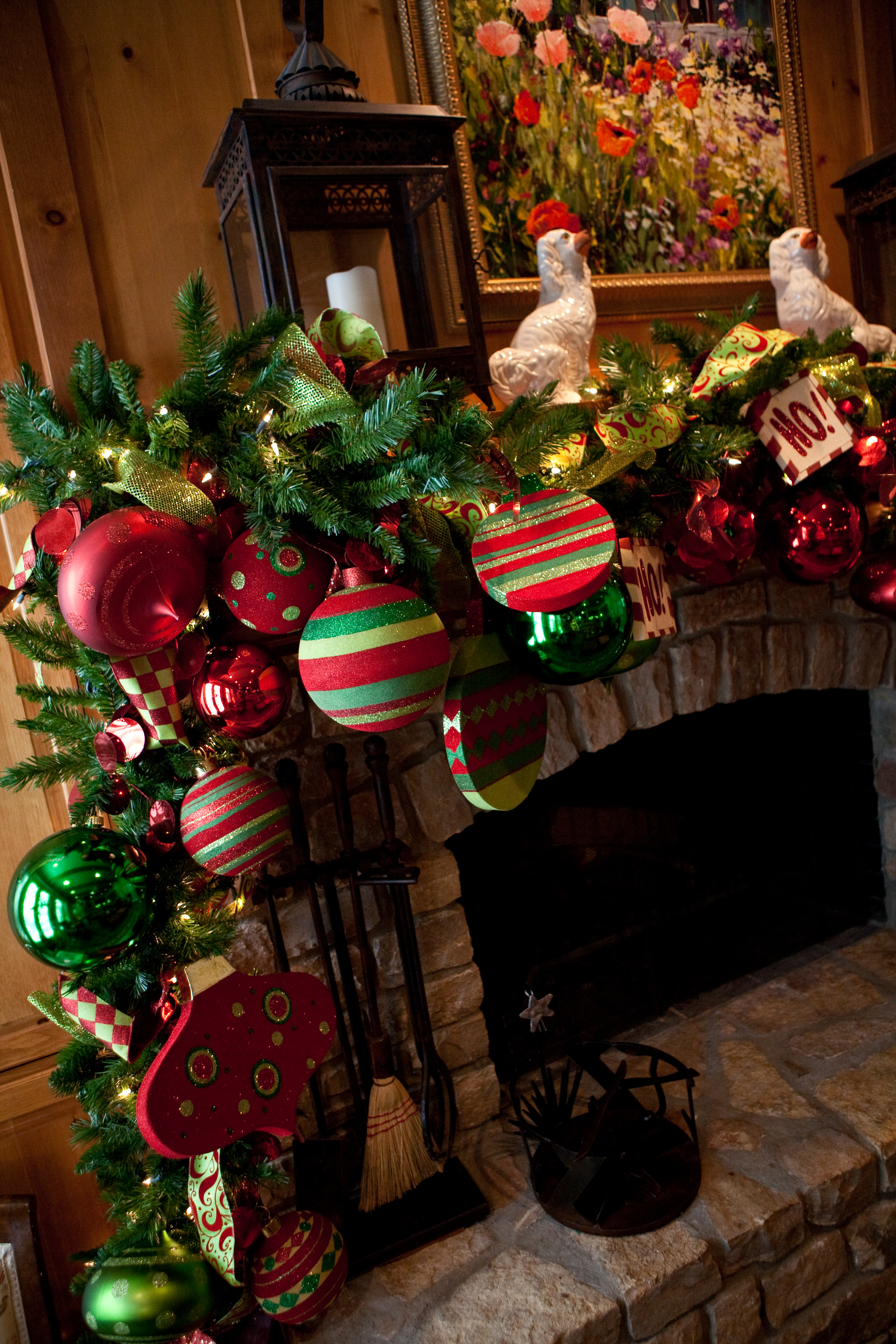 Show me a mantel many merry ways show me decorating for A green christmas decoration