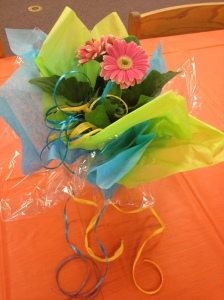 DIY, Centerpiece, Fiesta, Tablescape, Daisy, Flowers