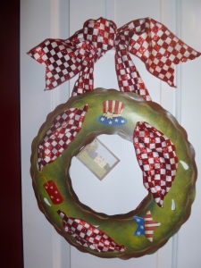 Seasonal Wreath for Magnets by the Round Top Collection