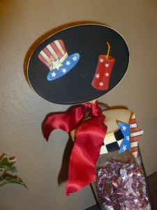 Stars and Stripes magnets perfect to add a touch of celebration to your Seasonal wreath, Chalkboard Jars, or Flag Wreath