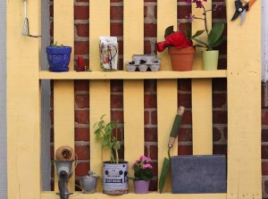 https://www.etsy.com/blog/en/2013/how-tuesday-upcycled-pallet-shelf/?utm_campaign=Merch&utm_medium=Internal&utm_source=Pinterest