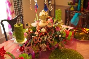 Christmas Decorating, Christmas Centerpiece, Christmas Tablescape,