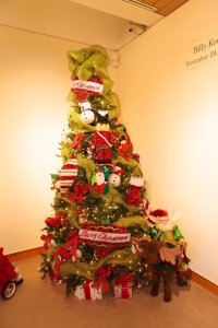Christmas Decorations, Lime Green Christmas, Christmas Tree Ideas, Show Me Decorating