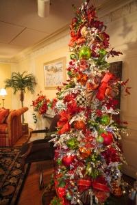 Christmas Tree, Flocked Christmas Tree, Show Me Decorating