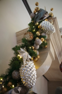 Christmas Mantle, Show Me Decorating, Christmas Decorating Ideas
