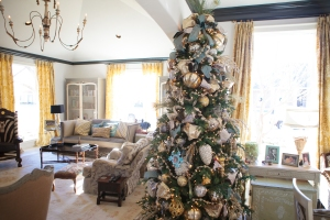 Christmas theme ideas, Christmas Decorating Ideas, Show Me Decorating, Cottage Christmas
