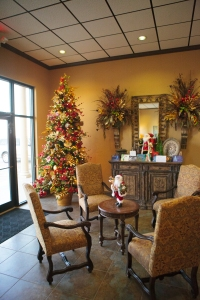Welcome your customers with a festive Christmas tree and Decorations, Show Me Decorating Style! West Texas Abstract