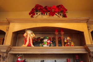 Christmas Styling, Show Me Decorating, Poinsettias, Santa Decorations