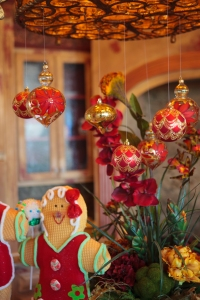 Christmas Ornaments, Show Me Decorating