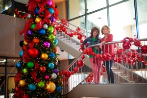 becky and kathy have been decorating homes and businesses since 1984 security bank they - Christmas Decorations For Businesses