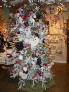 Winter Woodland Christmas tree theme