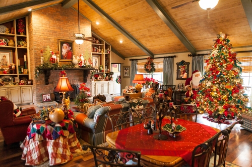 French Country Christmas Decorating Ideas: Show Me Decorating