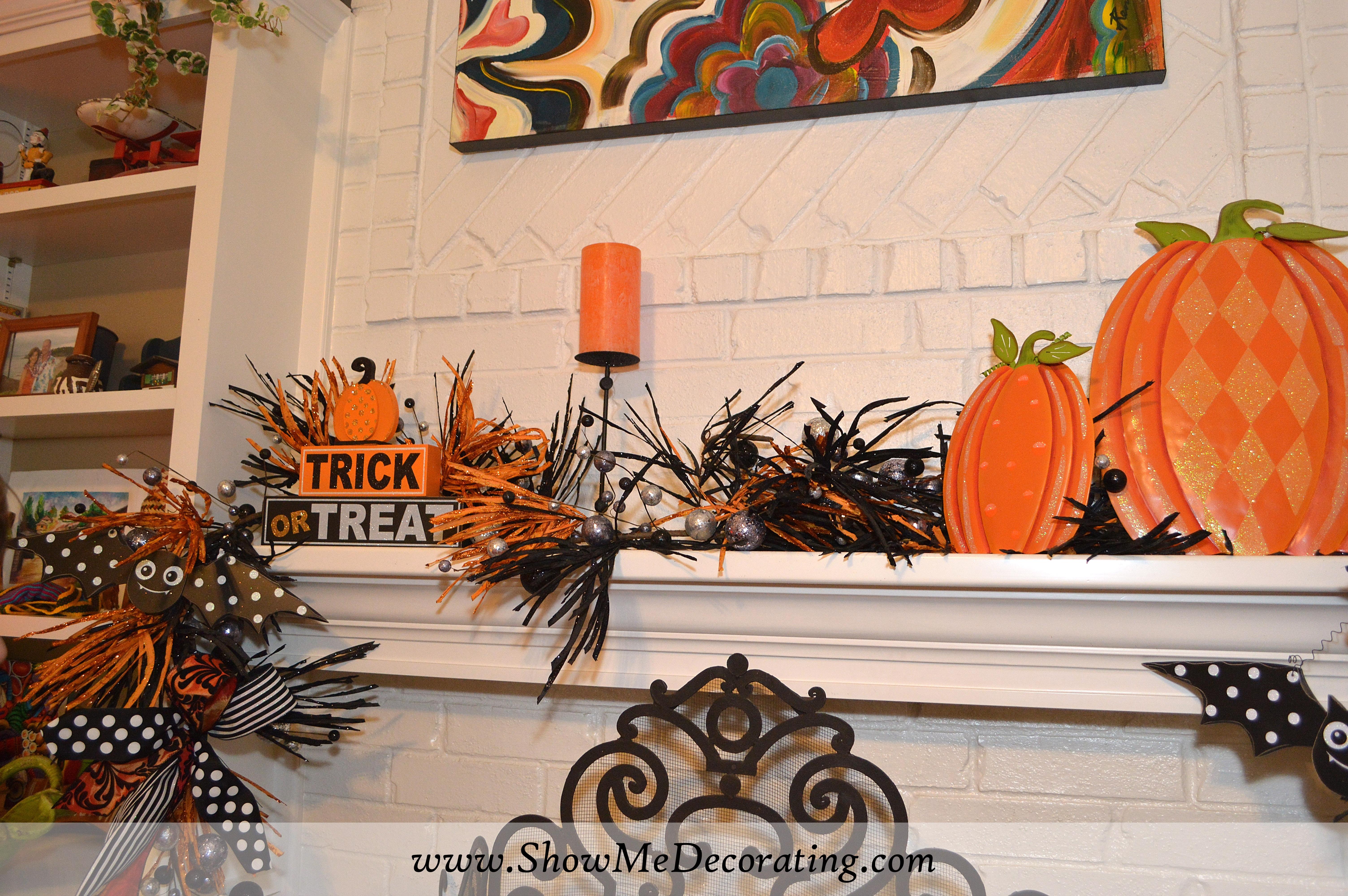 Show Me a Halloween Mantel DIY Show Me Decorating - Show Me Halloween Decorations