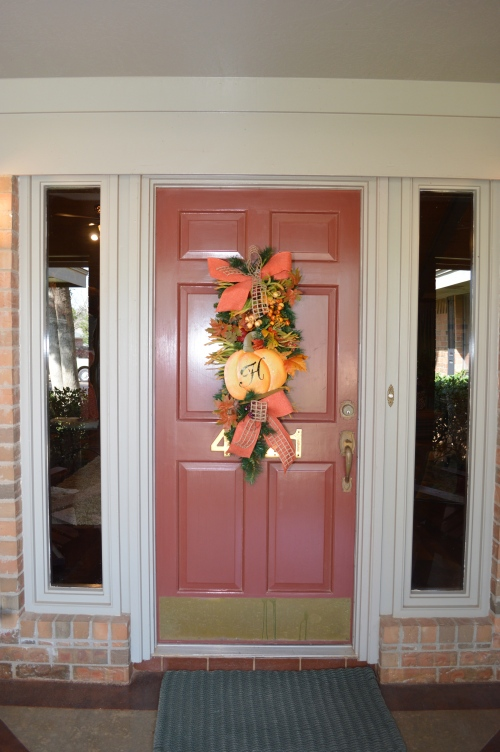 Welcome fall! Show Me Decorating DIY