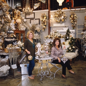 Miss Cayce's Christmas Store 2013 tour, Silver Service Christmas tree theme,owners and sister's Kathy and Becky