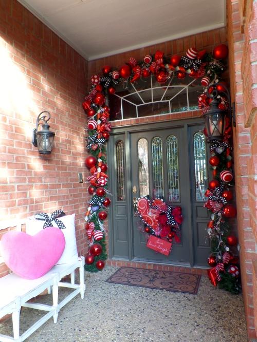 Show Me Decorating Valentine Door Decor