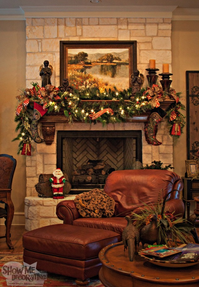 living room mantle garland, mantle garland, christmas decor, christmas decorations living room