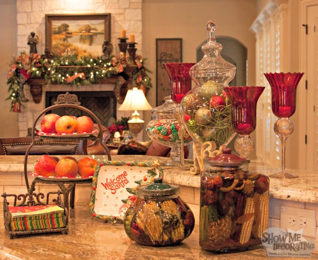 kitchen christmas decor, christmas decorations, red and green christmas,